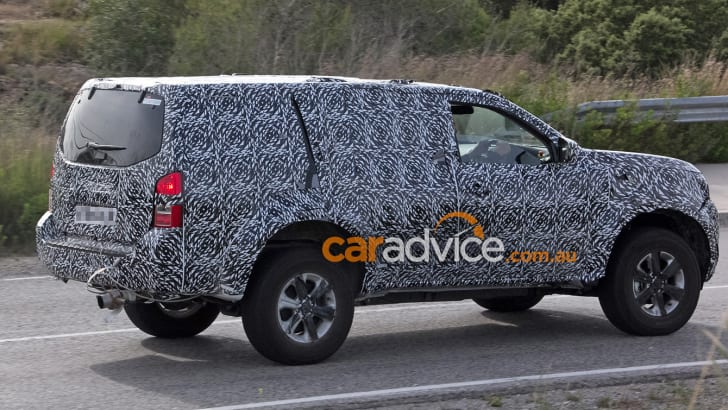 2017_nissan_navara_suv_armada_spy-photos_04