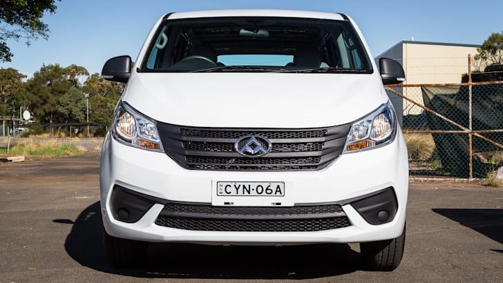 2015-ldv-g10-van-30