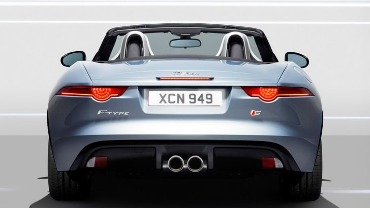 jaguar-f-type-officially-unveiled-photo-gallery_14