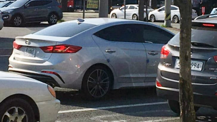 hyundai_elantra_sr_spy-photo_03