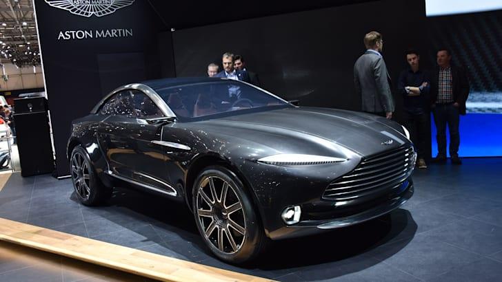 Aston Martin DBX_2