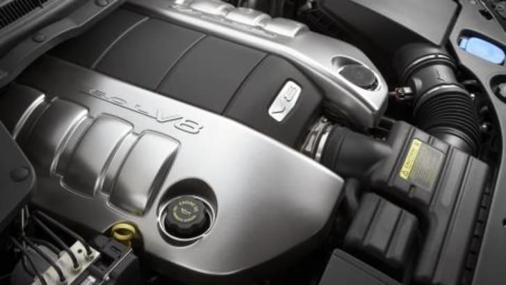 Pontiac G8 GT Engine