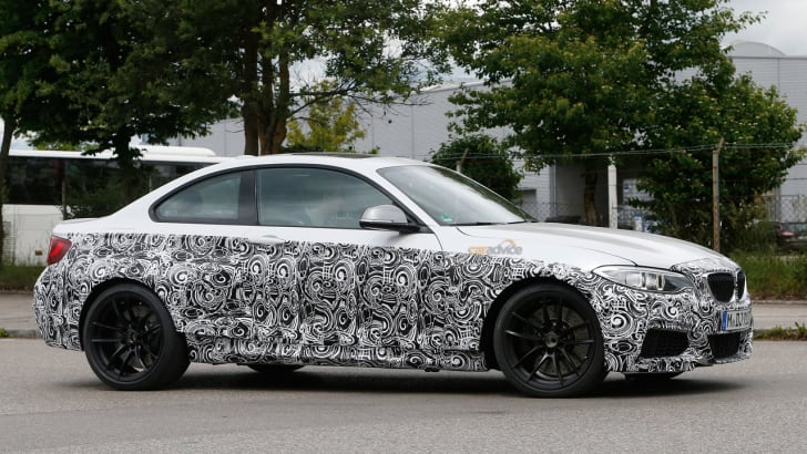 BMW-M2-white-5
