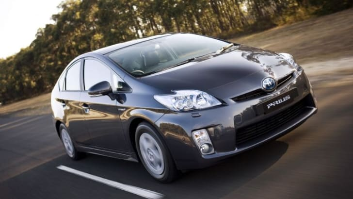 Toyota to display three new Hybrids at MIMS