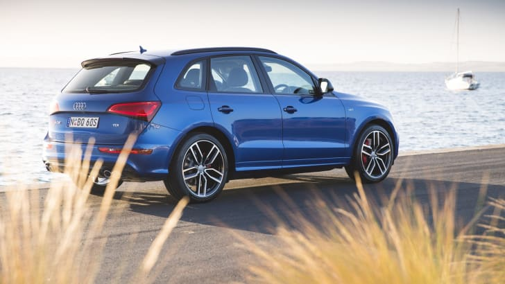2016-Audi-SQ5-Plus-13