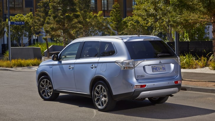 Mitsubishi Outlander PHEV rear road  1
