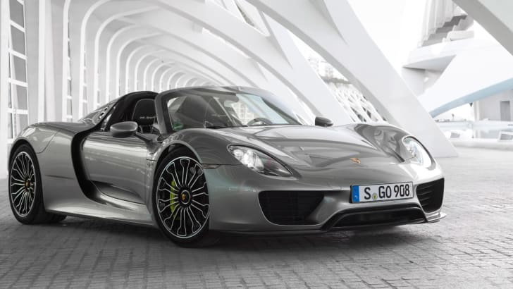 2014-porsche-918-spyder-sold-out-2