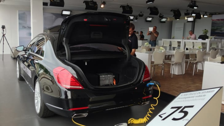 Mercedes-Benz S-Class plug-in hybrid 3