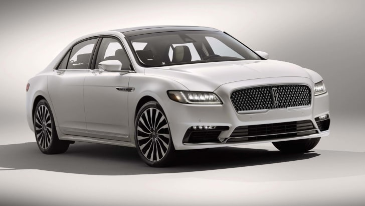 2017_lincoln_continental_overseas_01