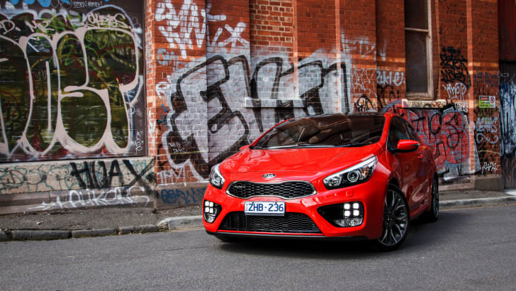 2014-kia-pro_cee'd GT-manual-hatchback-34