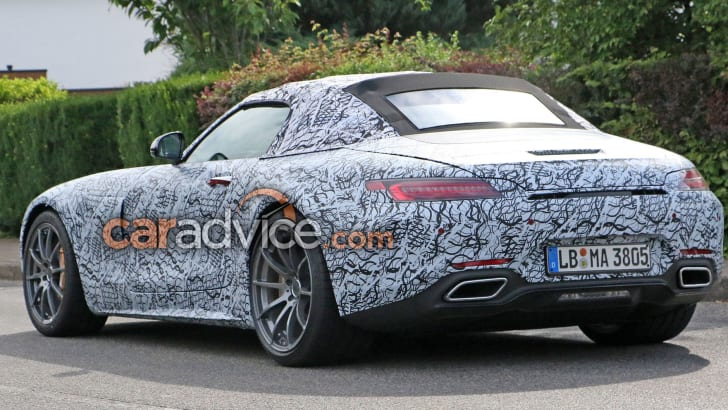 mercedes-amg-gt-c-roadster-spy-9-rear