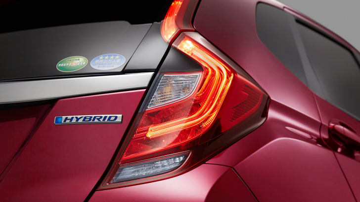 honda-fit-facelift-taillights