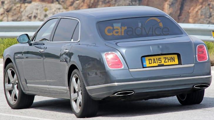 bentley-mulsanne-lwb-facelift-spy-8-rear