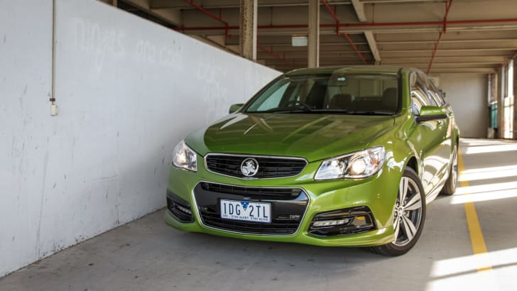 2015-holden-commodore-VF-SV6-sedan-29