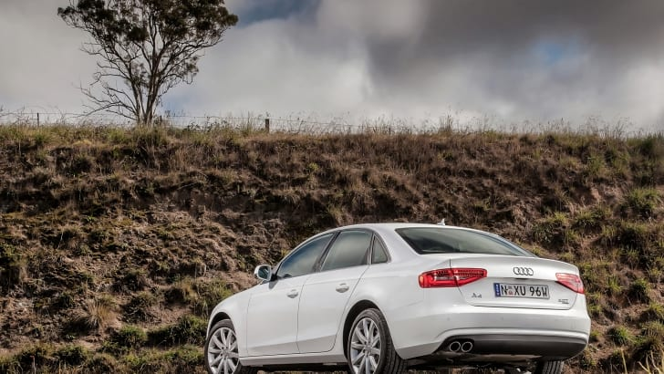 Audi_A4_Ambition_2