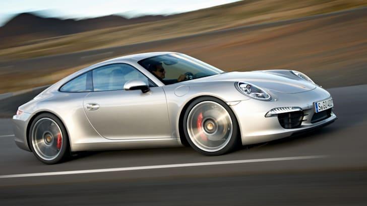 Porsche 911 Carrera - 2