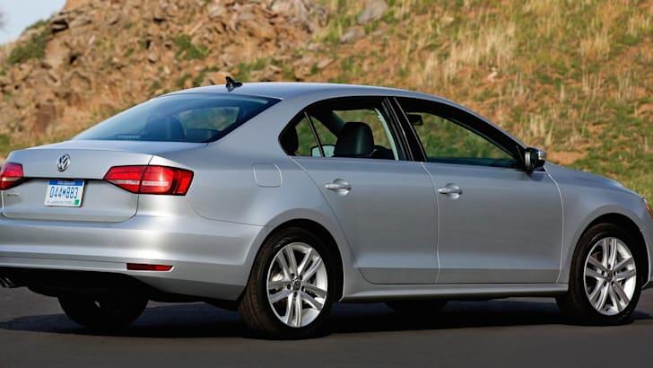 2015-Volkswagen-Jetta-2