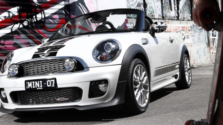 2012-mini-coupe-roadster-review-11