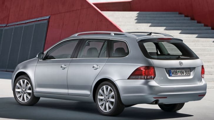 2010 Volkswagen Golf Estate revealed