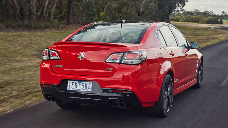 holden-commodore-rear