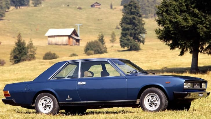 Fiat 130 2