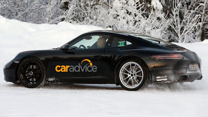 Porsche 911 Coupe Spied - 6