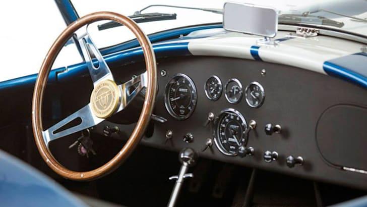 shelby-427-cobra-50th-anniversary-interior