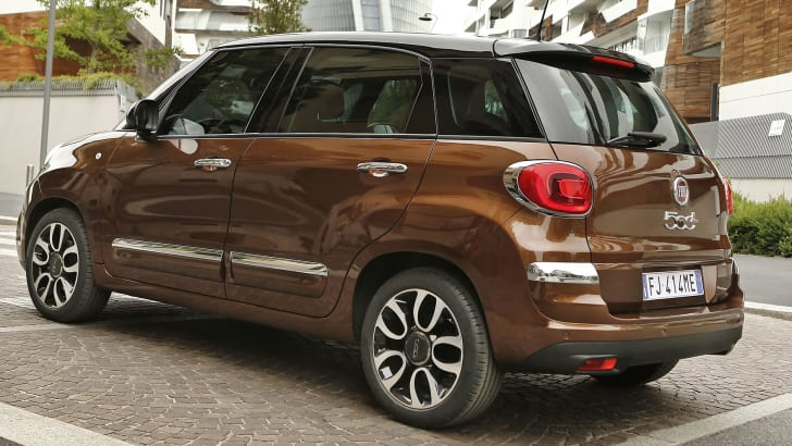 fiat-500l-facelift-rear