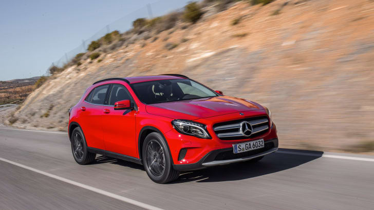 2016-mercedes-benz-gla180-1