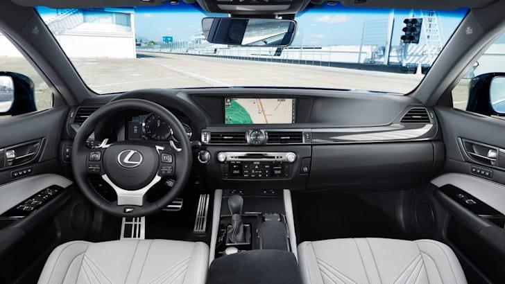 2016 Lexus GS F11