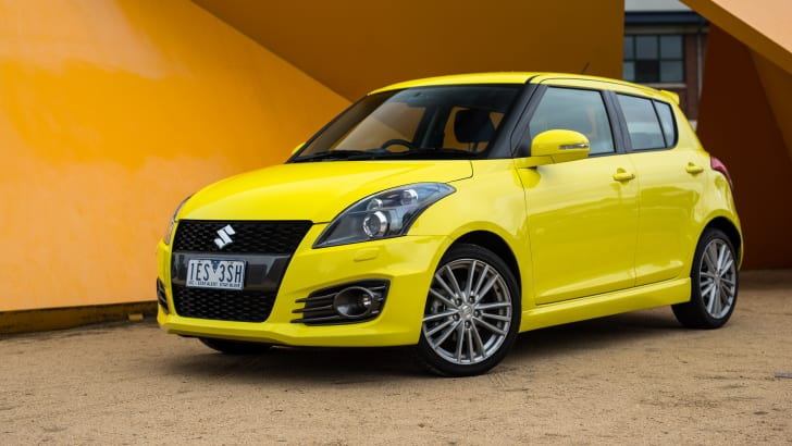 2016-suzuki-swift-sport-hatch-33