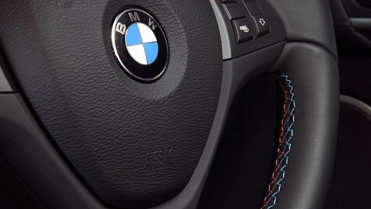 BMW X6 M steer