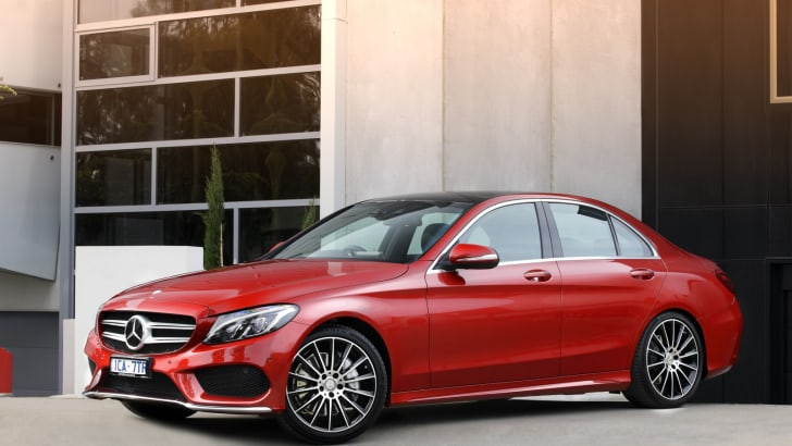 2015-Mercedes-Benz-C-Class-Review-04