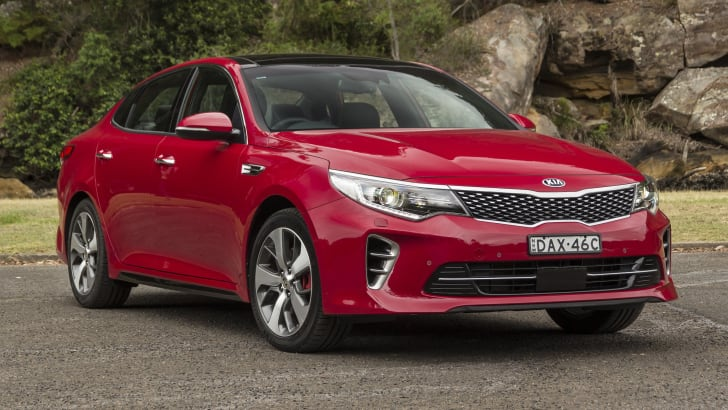 kia-optima-gt-dec2015-1