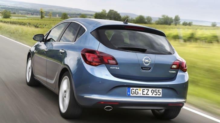 Opel Astra Hatch - 1