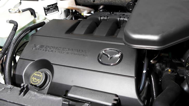 2013-Mazda-CX-9-Review-56