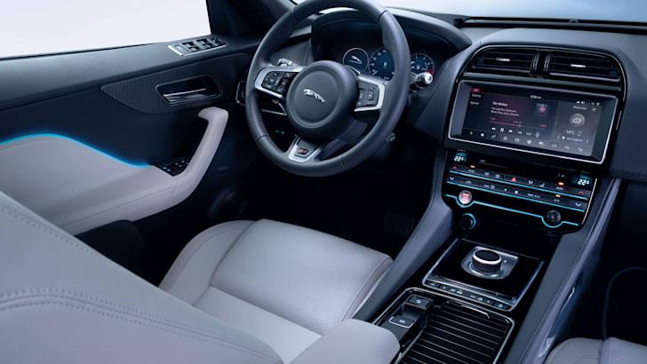 Jaguar-F-Pace-Reveal-50