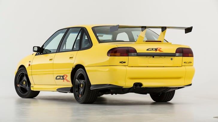 1996-HSV-GTS-R-5