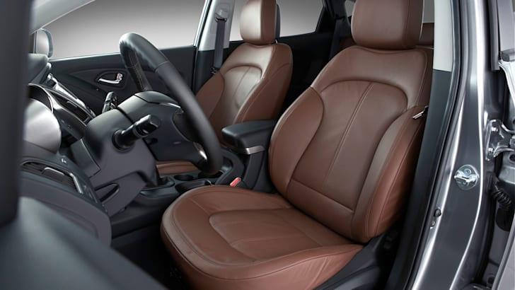 ix35 front seats