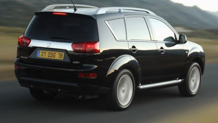 Peugeot 4007_Rear