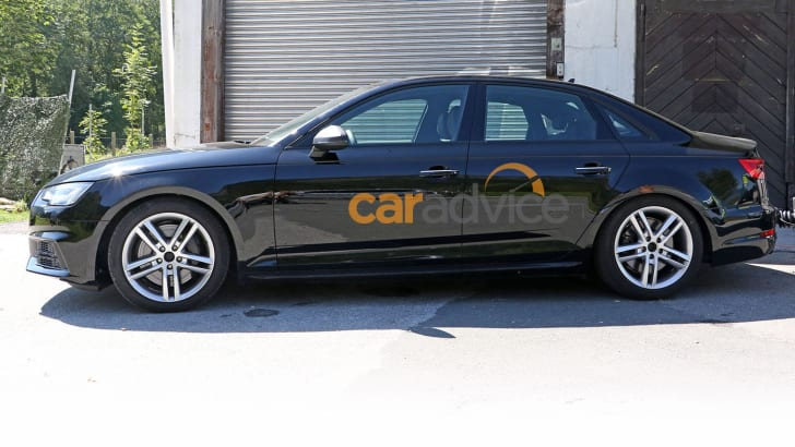 2016_audi_s4_sedan_spy-photos_02