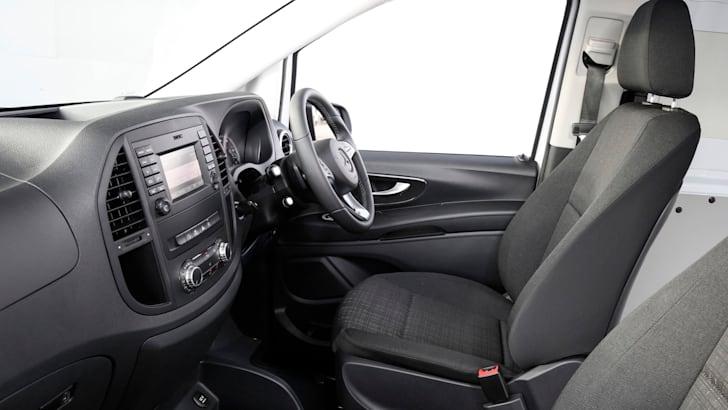 2015 Mercedes-Benz Vito_44
