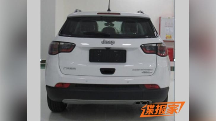 jeep-compass-china-leak-rear