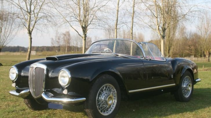 Superb example of a mint B24 Spider America