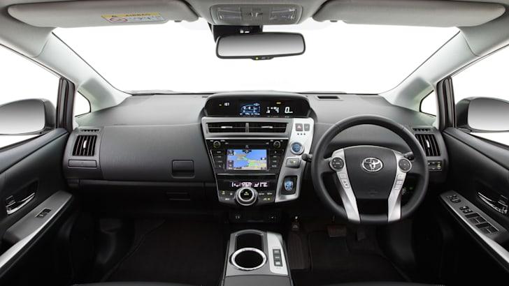 2015 Prius v i-Tech (upgrade)