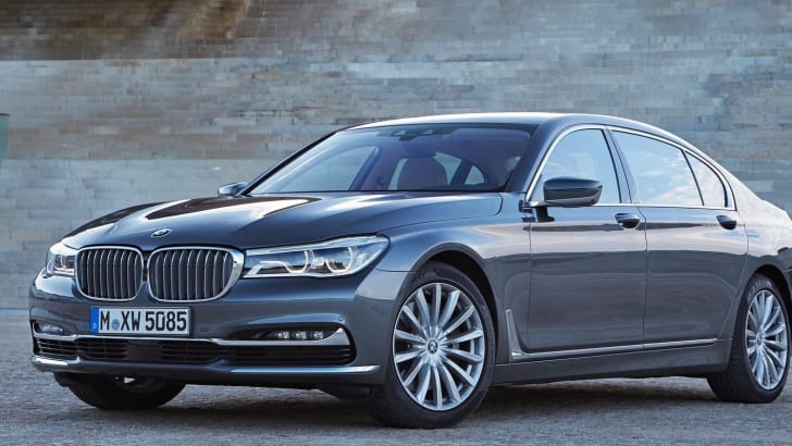 BMW-750Li