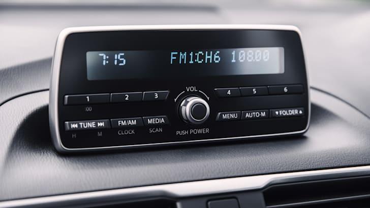 New Mazda3 Neo sedan (15)