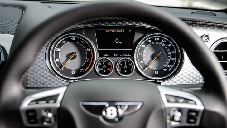 Bentley Flying Spur V808