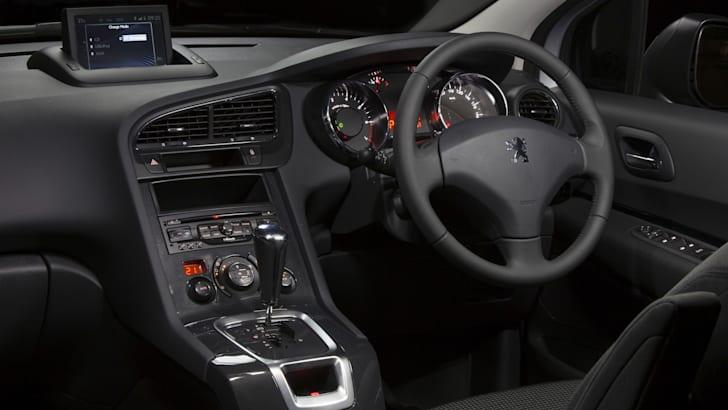 Peugeot 5008 dash