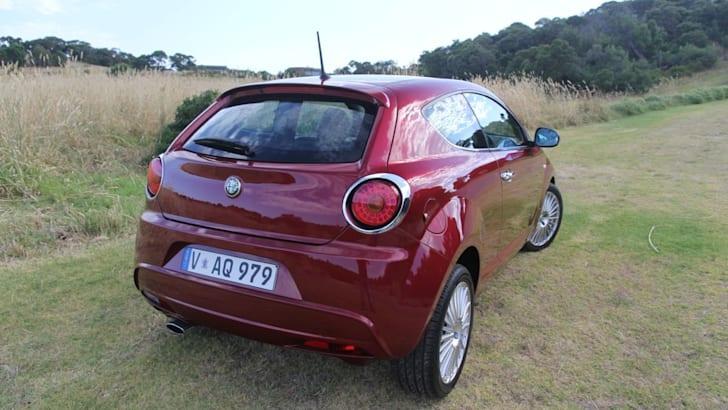 Alfa Romeo MiTo13
